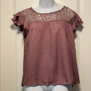 Forever 21 NWT pink cotton top with lace/ruffle